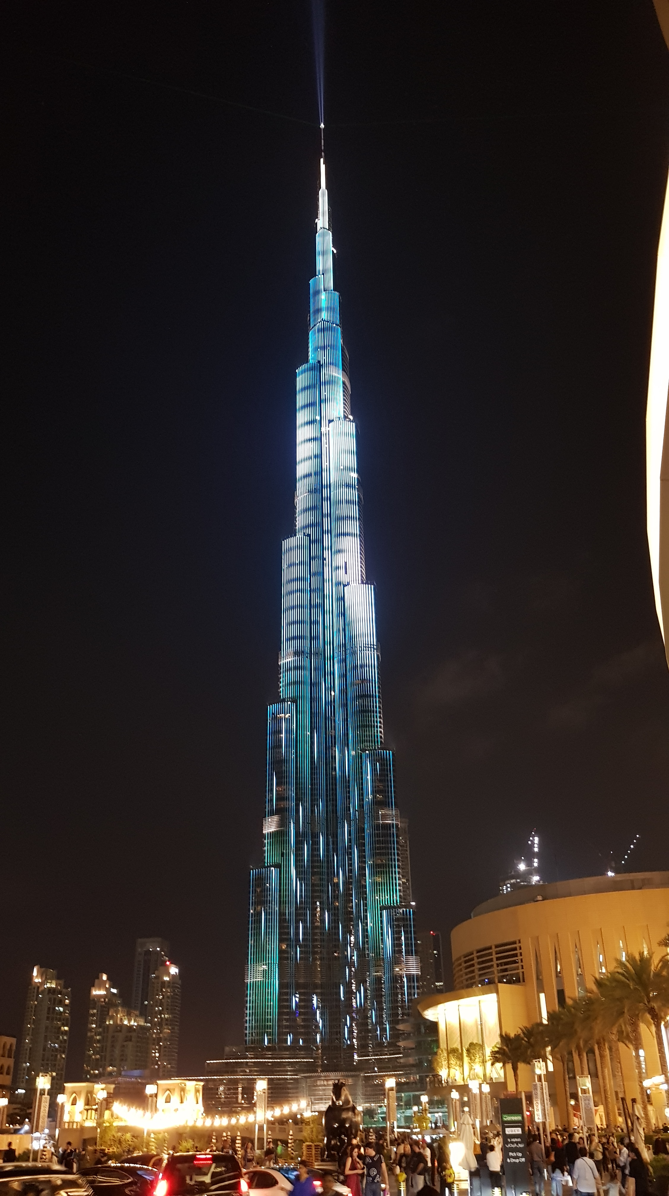 Upoznavanje preko interneta u Dubaiju