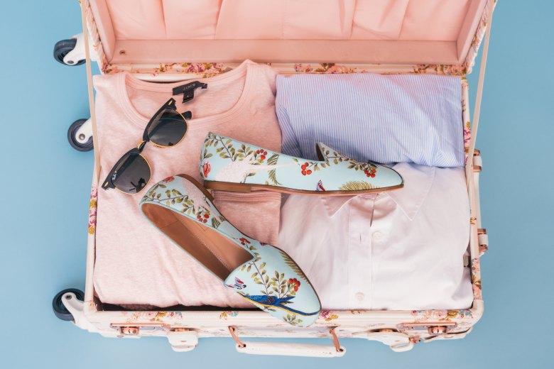 pakiranje-putovanje-kofer