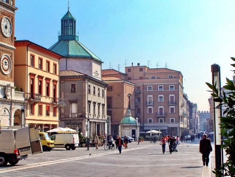 rimini-trznica-piazza
